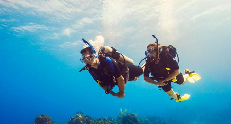 BA divers - Padi Scuba Diver Course